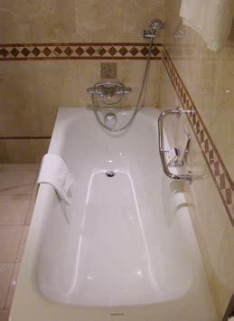 porcelite bathtub refinishing bathtub refinishing shower refinishing minneapolis mn
