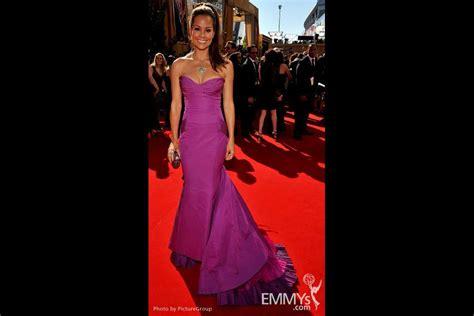 primetime emmy awards television academy angela kinsey arrives at the 62nd annual primetime emmy