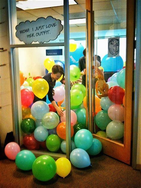 scherzi ufficio 12 scherzi da ufficio i tuoi colleghi potrebbero farti