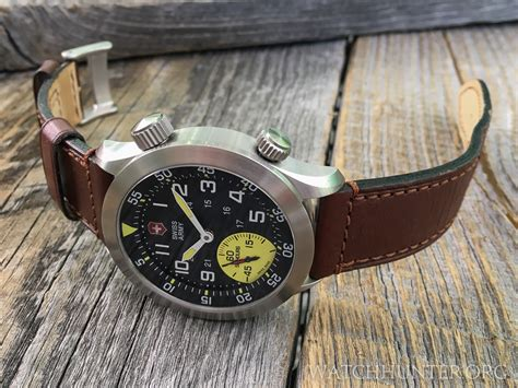 Swiss Army Sa3035 Brown Original meet the victorinox swiss army airboss mach 4 limited edition