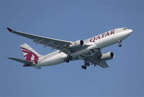qatar airways qatar airways breaks record with a flight many wouldn t