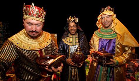 imagenes de los reyes magos en persona los reyes magos proven 237 an de andaluc 237 a seg 250 n el papa