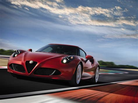 Alfa Romeo Sports Car by Alfa Romeo 4c Sports Car Reveal Business Insider