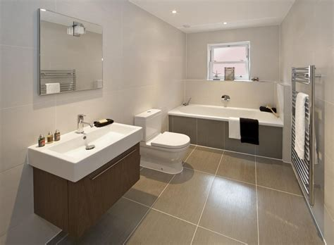 advice   tile size  bathrooms