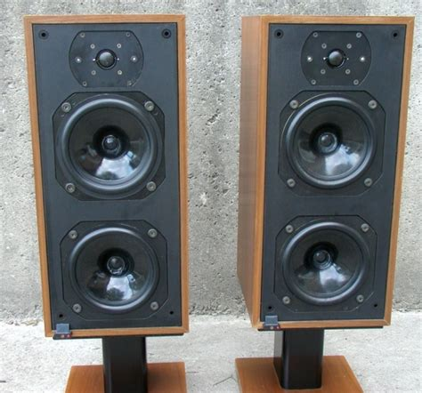 b w dm14 bookshelf speakers review test price