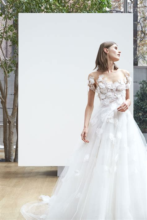 Oscar de La Renta Spring 2018 Wedding Dresses   Arabia