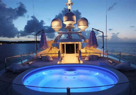 lady lara yacht exceptional synergy  italian style