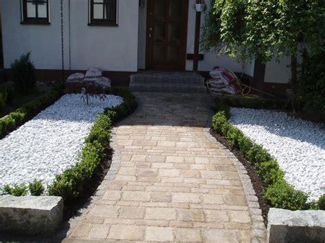 karten reihenhaus pflastern vorgartengestaltung weg aus