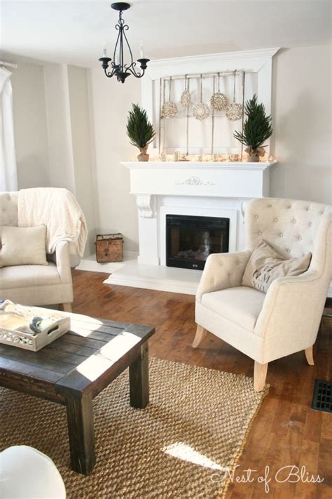 winter mantel  winter shelf decorating ideas