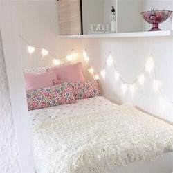 Pretty Lights For Bedroom by Pretty Teenagers Girly Pink Decor