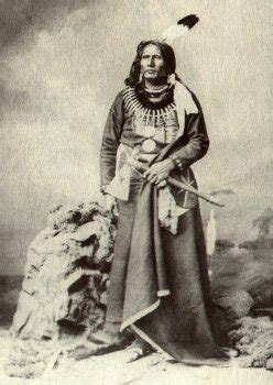 helen hunt jackson significance gloria hamilton chief standing bear stood up for human rights