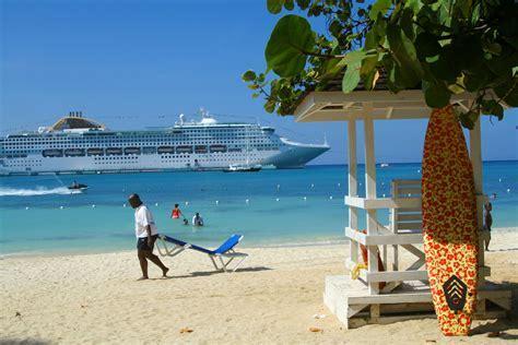 Ocho Rios: Jamaican me crazy .loved Jamaica.   Places I