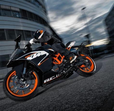 125ccm Motorrad 2500 Euro by Stra 223 En Motorrad 125 Ccm Ktm Motorrad Bild Idee