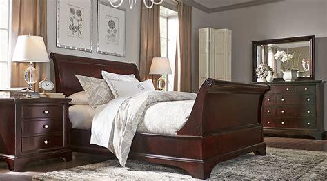 whitmore cherry  pc queen sleigh bedroom queen bedroom sets dark wood