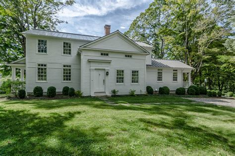 should i buy an old house what should you know when you buy an old home