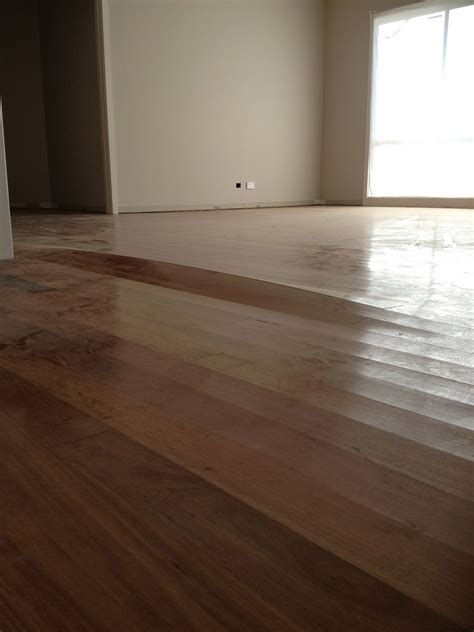 how to get rid of moisture in hardwood flooring home