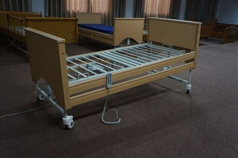 height adjustable home care beds  lock  side rails