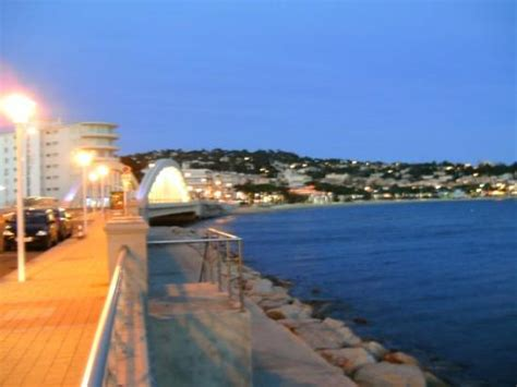 Coming back through Ste. Maxime in the evening. It's all one big postcard! Photo de Sainte