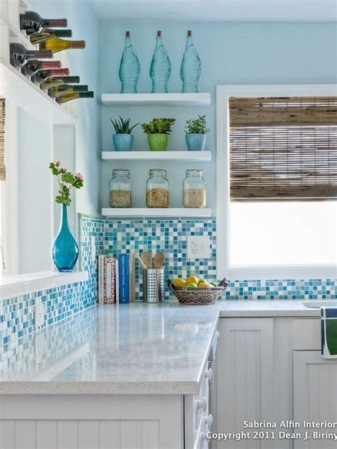 cheap beach decor for home best 25 beach cottage kitchens ideas on pinterest beach