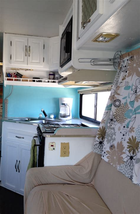 our 1st remodel class c motorhome rv remodel pottery our 1994 class c motorhome renovation heath and alyssa