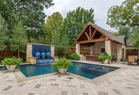 20 Backyard Pool Designs Decorating Ideas Design Backyard Pool Landscape Ideas