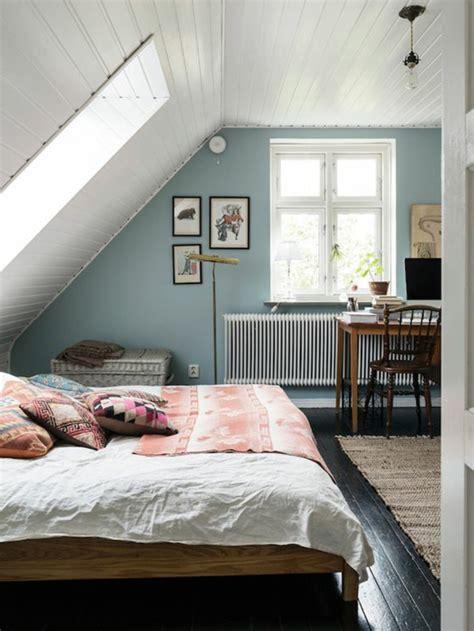 chambre avec plafond en pente 1001 id 233 es d 233 co de chambre sous pente cocoon
