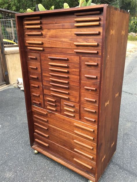 wooden machinist tool box  drawers  collectibles
