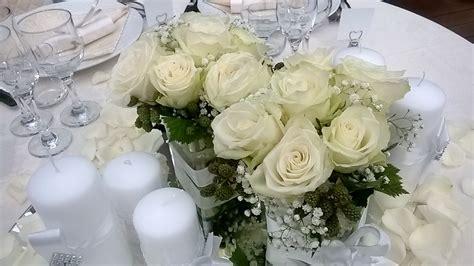 centro tavolo con fiori centro tavolo con bianche daveli