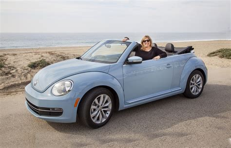 volkswagen convertible bug 2013 volkswagen beetle convertible review vroomgirls