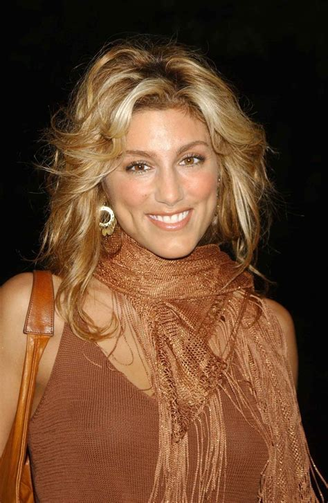 jennifer esposito hair styles 263 best images about living star actresses on pinterest