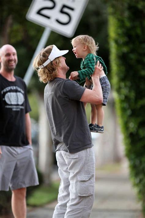 owen wilson caroline lindqvist owen wilson welcomes baby boy with personal trainer
