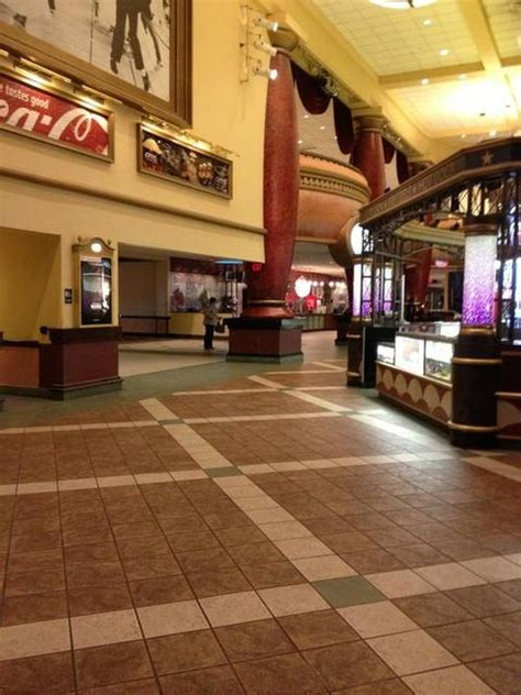 amc theaters jersey gardens
