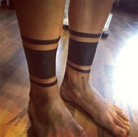 23 awesome leg band tattoos