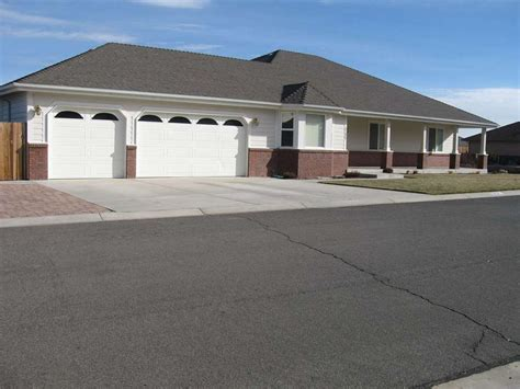 2721 snowflake drive family home carson city nv 89703