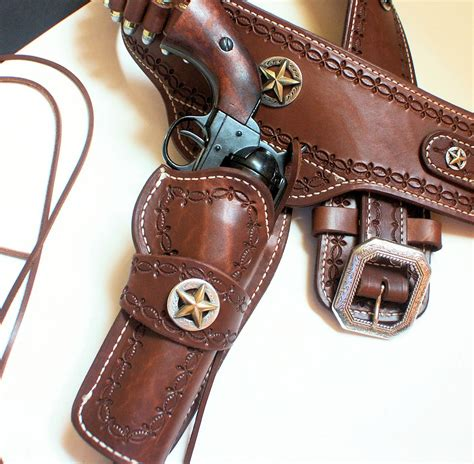 circle kb western holsters and gun belts on