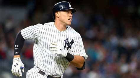 aaron judge s net worth 5 fast facts you need to know