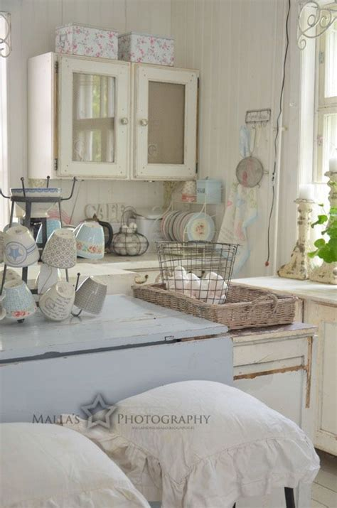shabby chic kitchen furniture picture of shabby kitchen furniture in white and pastels