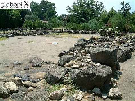 giardini naxos parco archeologico foto taormina parco archeologico di naxos 6 globopix