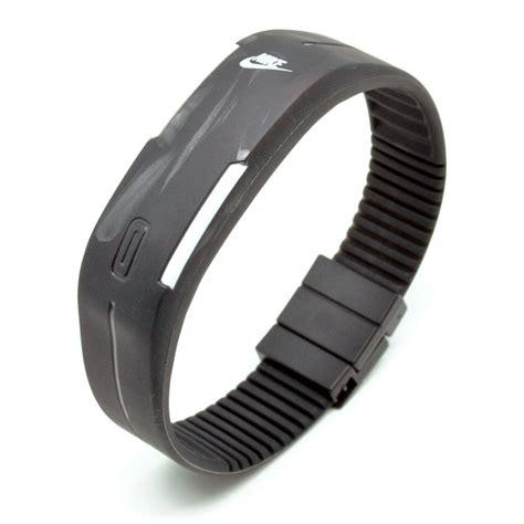 Nike Led Gelang jam tangan led gelang sport nikey black white jakartanotebook