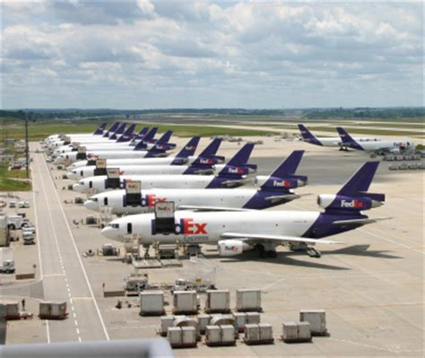 does fedex ship on fedex cargo plane runway the shipping depot