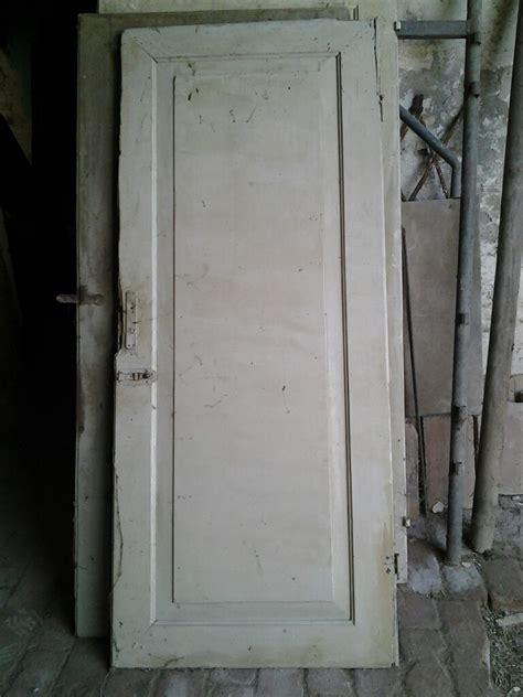 restaurare porte in legno porte e portoni in legno vecchio e antico da restaurare