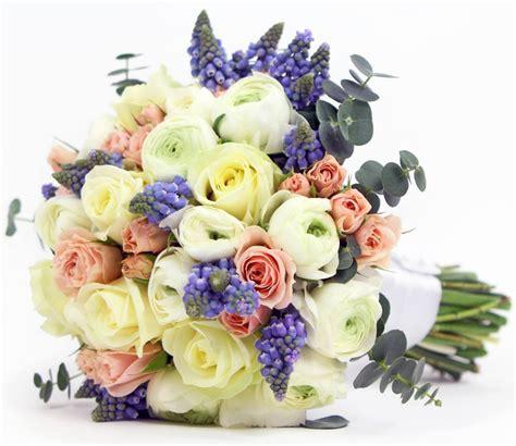 All White Wedding Flower Arrangements by Wedding Flowers
