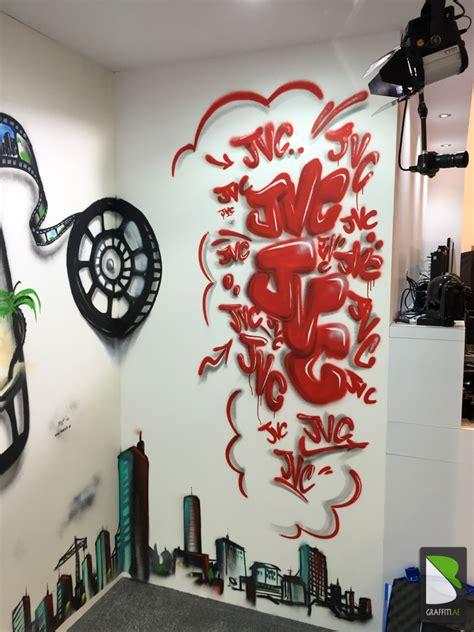 spray painting in dubai jvc graffiti live painting graffiti uae