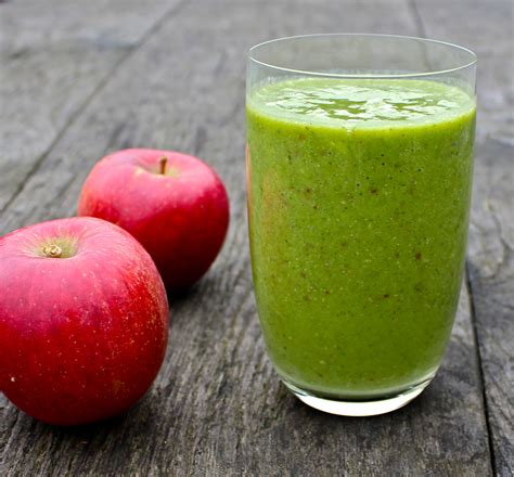 Pear Diet Detox by Apple Pear Avocado And Spinach Detox Smoothie May