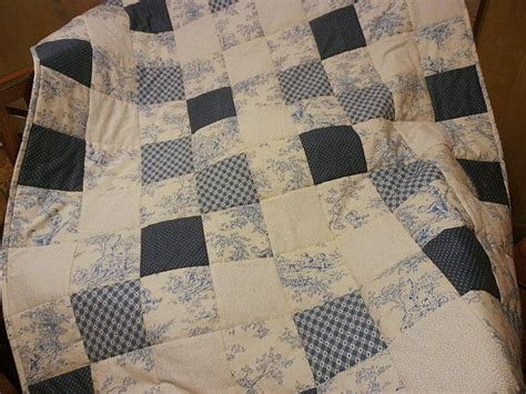 Blue Toile Quilt blue and white quilt baby quilt blue toile quilt quilt blue quilt toile quilt blue