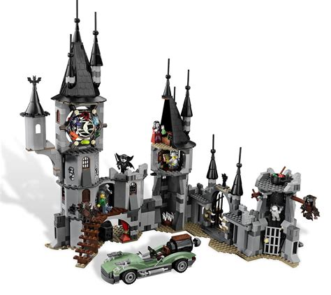 Lego 9468 Fightersvire Castel zombies and toys lego fighters