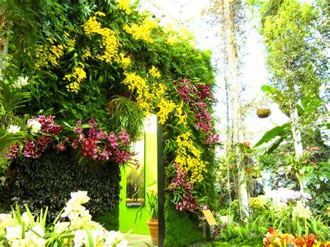 Vertical Gardens Nyc Photos Blanc S Enchanting Vertical Garden