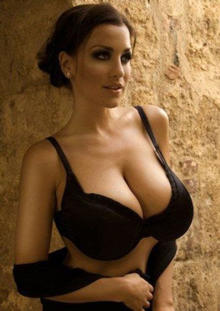 jordan carver major cleavage 187 jordan carver sexy cleavage