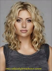 curly permed hairstyles for 50 best 25 permed medium hair ideas on pinterest wavy