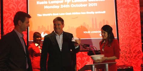 airasia london airasia x moves london service from stansted to gatwick